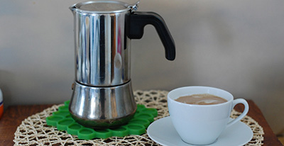 how-to-make-coffee-in-a-percolator-and-the-result